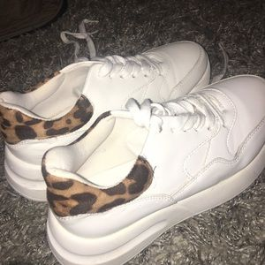 Great condition white sneakers with animal print